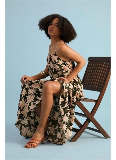 Z Giyim Kadın  Haki  Çiçek Desenli Askılı Elbise Haki
